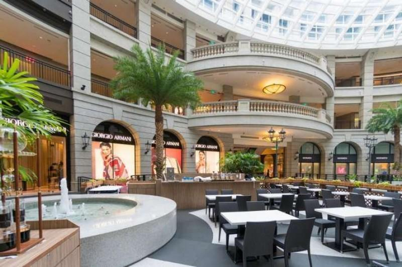 Use open spaces in malls as dining areas for restaurants, food courts: RAI to states