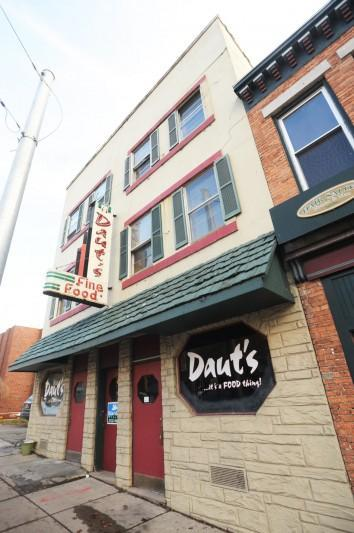 Look back: New Year's Eve diners pack Cayuga County area restaurants