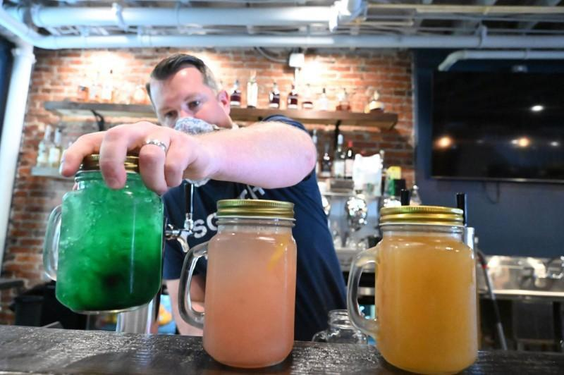 Cocktails to go help restaurants stay afloat