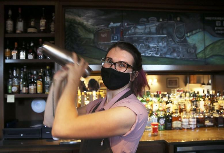 As pandemic rages on, legislature moves to extend loosened alcohol restrictions as lifeline to restaurants