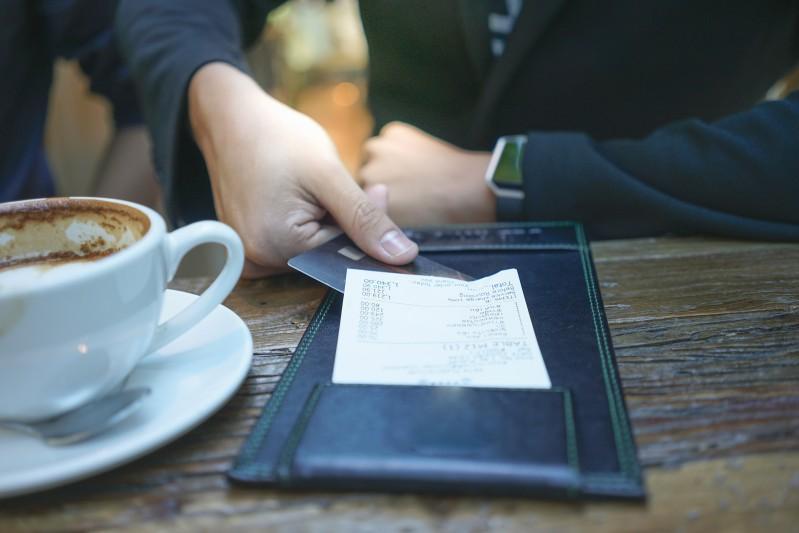 Customer leaves $2K tip for restaurant's entire staff