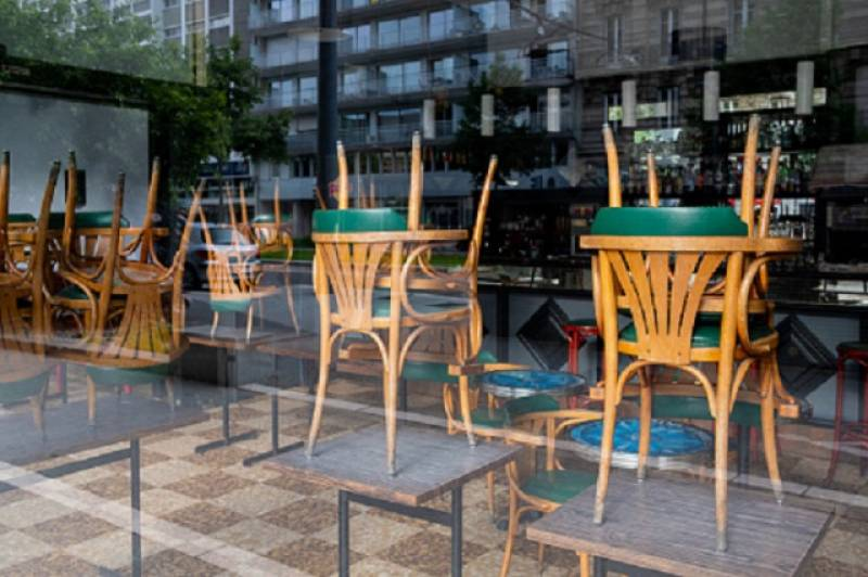 Bulgaria: On March 1 Restaurants Reopen but Citizens Should Be Wary of Virus Hazard