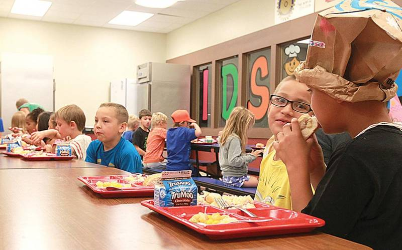 Sen. Utke introduces Healthy Kids Meal bill to promote healthier restaurant choices