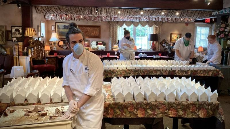 How to Donate to Help Restaurant Workers as the Industry's Covid-19 Struggles Continue