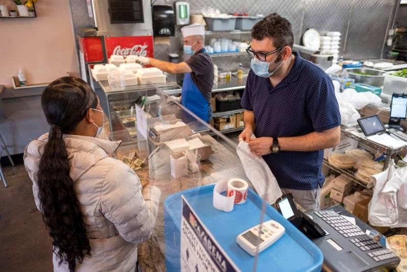 LA County restaurant owners, operators get $20,000 grants from DoorDash
