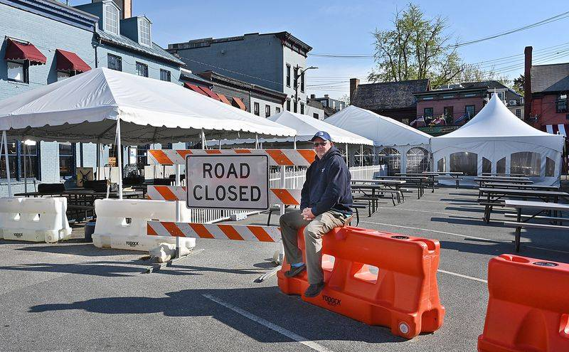 Annapolis restaurant owners to meet with city on long-term outdoor seating proposal at Market Space