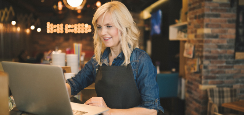 How to create a restaurant marketing strategy that will build your online presence